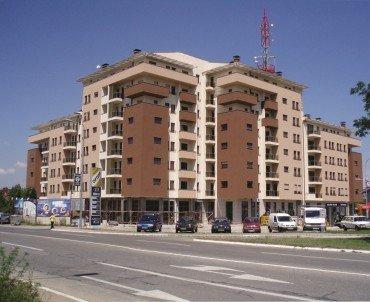 Stambeno-poslovni kompleks u ulici Majke Jugovića, Banja Luka