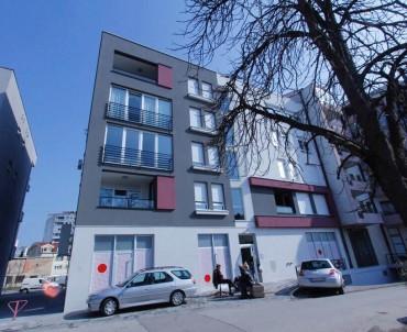 Stambeno-poslovni objekat u ulici Vase Glušca, Banja Luka